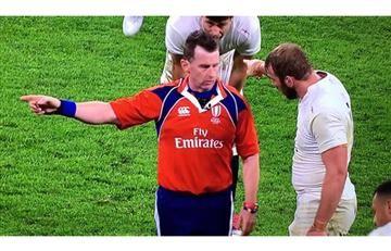 """""""No quiero ser gay, ¿pueden castrarme químicamente?"""" árbitro de rugby"""