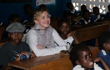 Madonna: Justicia de Malaui le permite adoptar gemelas
