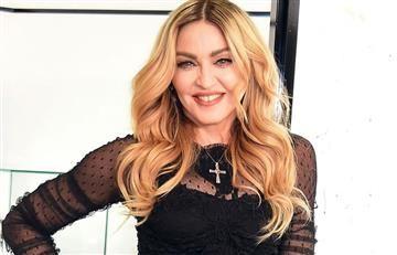 Madonna da a conocer a las gemelas que adoptó en Malaui