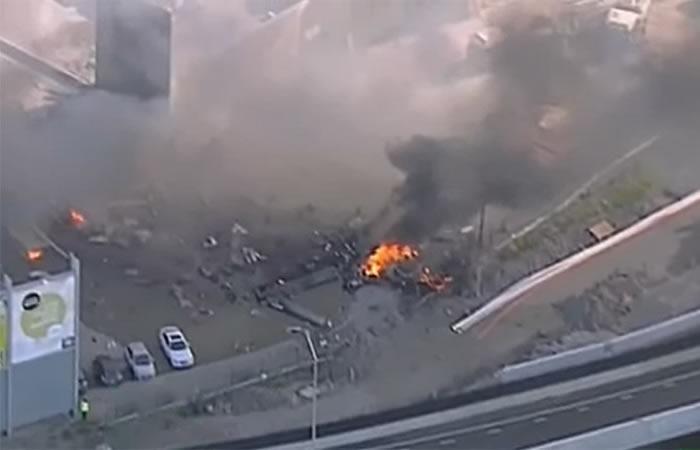 Video: Avioneta chocó contra un centro comercial en Melbourne
