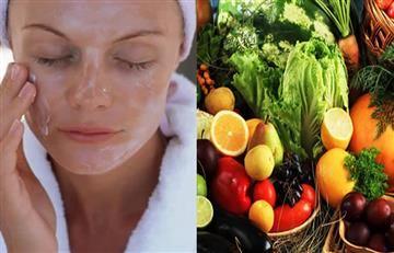 Cinco alimentos que te ayudarán a decirle adiós al acné
