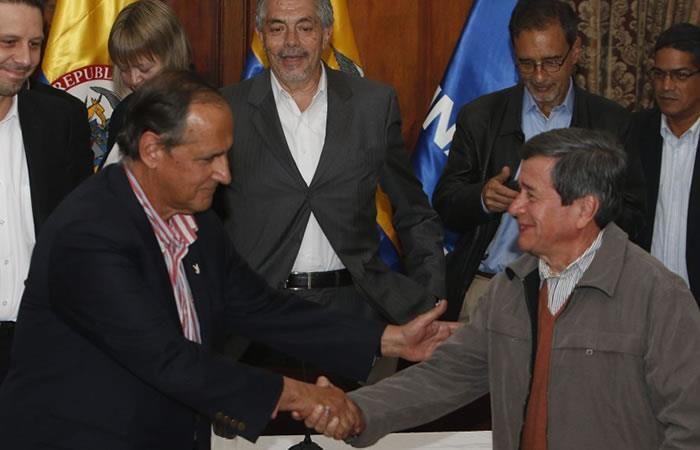Gobierno y ELN hacen frente a la crisis en las negociaciones