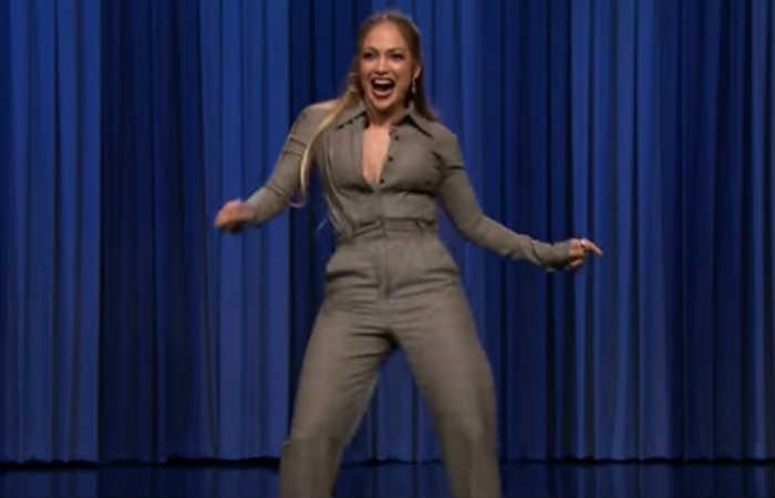 Video: Jennifer López aceptó el reto de bailar