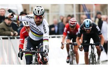 Peter Sagan gana en Tirreno Adriático en un final de película
