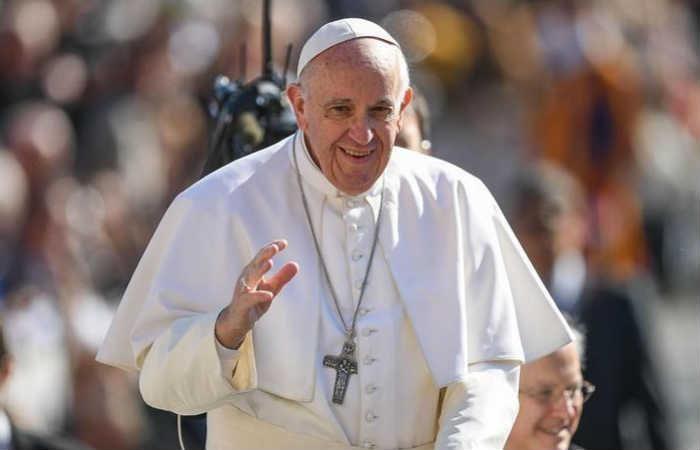 Papa Francisco rezó por las víctimas de las inundaciones en Perú