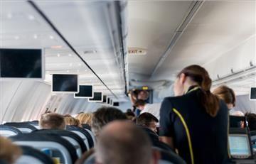 Reino Unido y EEUU prohíben dispositivos electrónicos en varios vuelos
