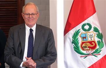 Perú: Kuczynski agradece colaboración de militares colombianos