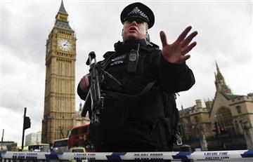 Reino Unido: Policía explota un paquete sospechoso