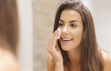 Siete cosas que suceden en tu piel cuando te duermes con maquillaje