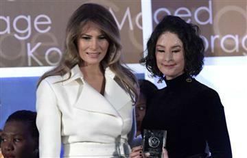 Melania Trump entregó el premio 'Mujeres Valientes' a Natalia Ponce de León