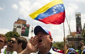"""Venezuela dio la """"estocada de muerte"""" a la democracia"""