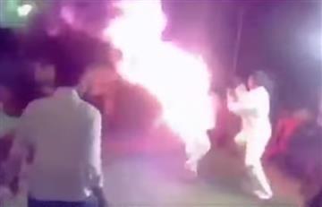Video: Hombre se prende fuego al escuchar cantar a su esposa