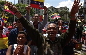 Venezuela: Chavistas y opositores marchan en Caracas