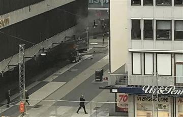 En Estocolmo un camión atropella a varios transeuntes