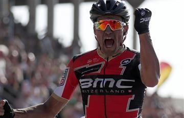 Greg Van Avermaeet se corona campeón de la París-Roubaix
