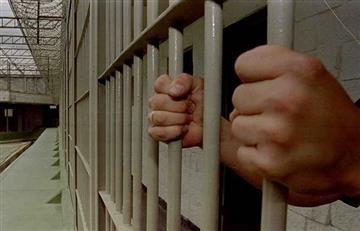 Hombre denuncia que fue violado en una estación de Policía