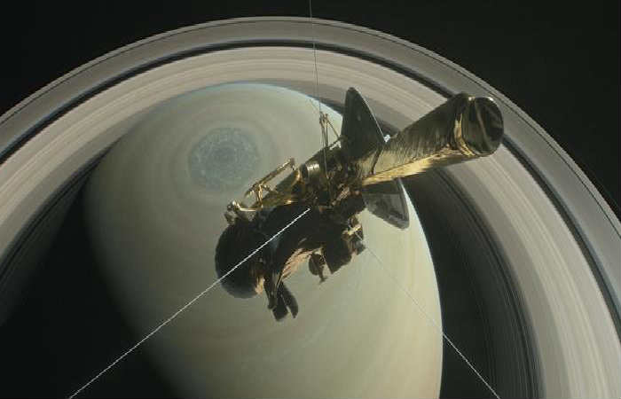 NASA: Lunas de Saturno podrían albergar vida