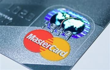 Mastercard lanza tarjetas con lector de huellas