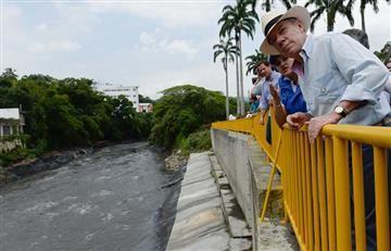 """""""Ola invernal en Colombia ha dejado 360 muertos"""": Presidente Santos"""