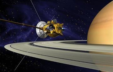 Nave Cassini se sumerge entre los anillos de Saturno