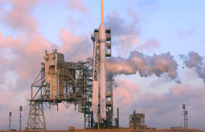 Space X lanzó al espacio carga secreta del gobierno de EEUU
