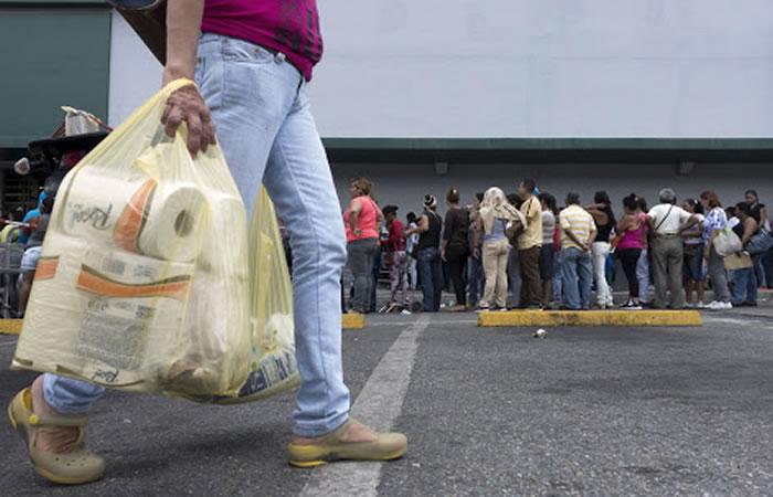 Colombianos pagarán impuesto por el uso de bolsas plásticas