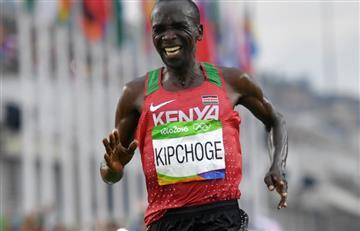 Kipchoge corre el maratón más veloz de la historia