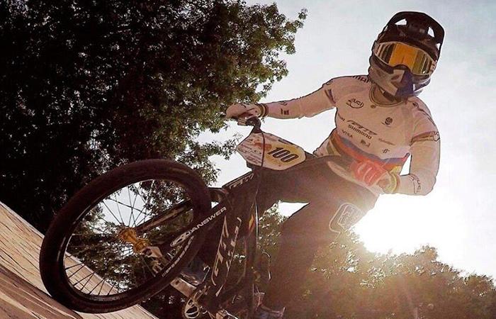 Mariana Pajón terminó segunda en la UCI BMX Supercross World Cup