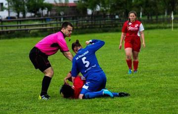 Futbolista es sancionada de por vida por protagonizar fuerte golpiza