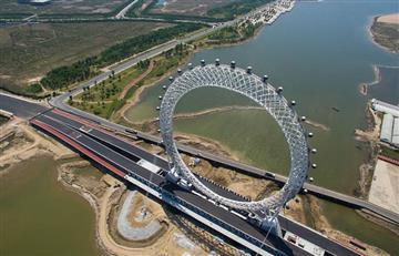 China estrena la rueda más grande del mundo con WIFI y TV en sus cabinas