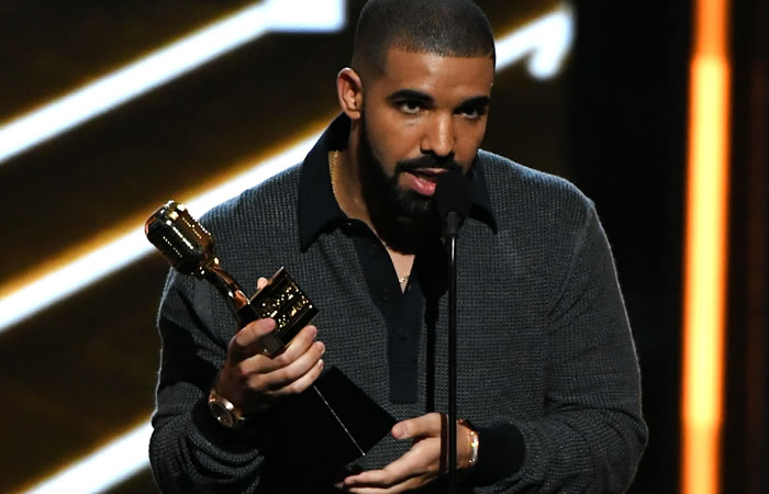 Drake es el mayor ganador de los Billboard Music Awards 2017. Foto: AFP