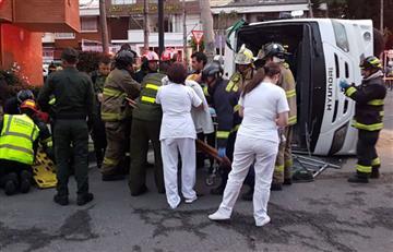 Bogotá: Volcamiento de un bus del Ejército dejó 28 heridos