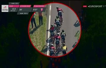 Giro de Italia: Cámaras captan la grosera agresión del Trek al Movistar