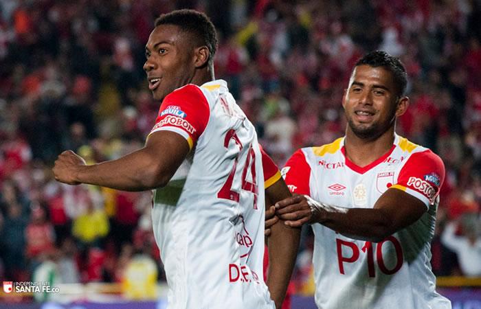 Santa Fe se la juega en la Liga Águila. Foto: AFP