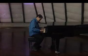 Maduro estremece las redes sociales con su 'interpretación de piano'