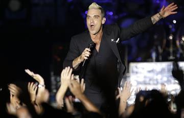 Robbie Williams y su 'metida de pata' en pleno concierto