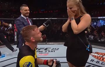 UFC: Luchador pide matrimonio a su novia luego de ganar pelea