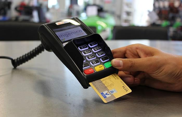 Tasa de interés en compras con tarjeta de crédito bajará