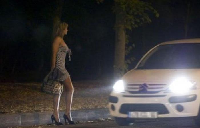 Prostitutas venezolanas y colombianas enfrentadas por tarifas de servicios