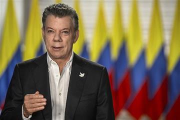 Santos: Maestros deberán reponer clases para recibir salario