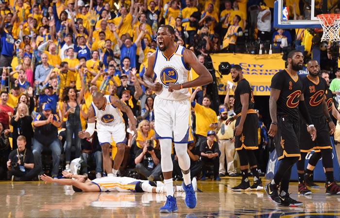Los Warriors, campeones de la NBA tras derrotar a los Cavaliers
