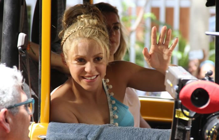 Shakira: Filtran imágenes de la medio hermana que nadie conoce
