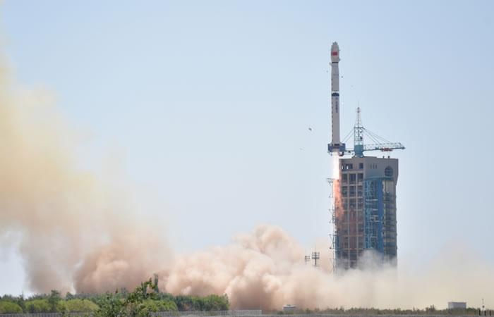 China lanzó su primer telescopio espacial rayos x. Foto:AFP