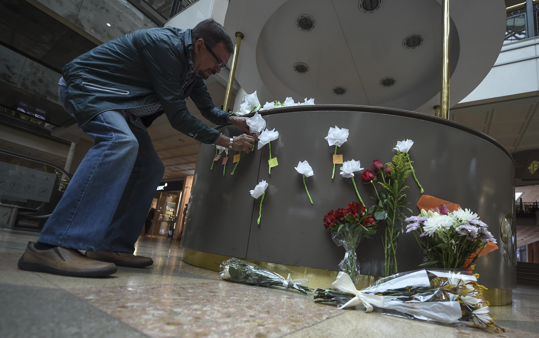 Bogotá: Ciudadanos rindieron homenaje a las víctimas del C.C. Andino