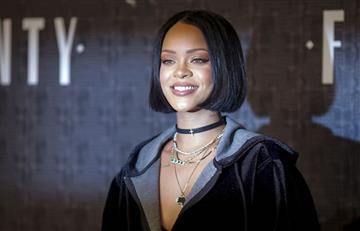 Rihanna aconsejó a un fan en cuestiones del desamor