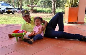 Martín Elías: Su hija Paula fue a visitar el cantante a la tumba