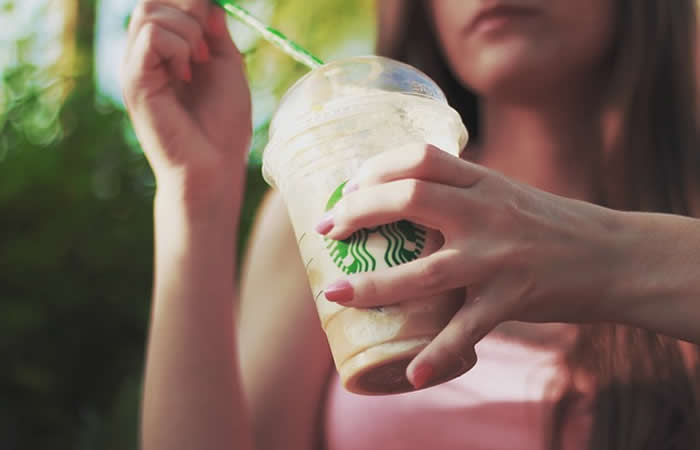 Bacterias fecales en bebidas frías de tres reconocidas cadenas de cafeterías