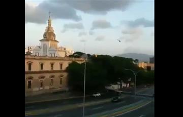 """Maduro denuncia un """"ataque terrorista"""" desde un helicóptero contra el TSJ"""