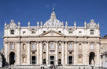 Sacerdote es sorprendido en una orgía gay en el Vaticano