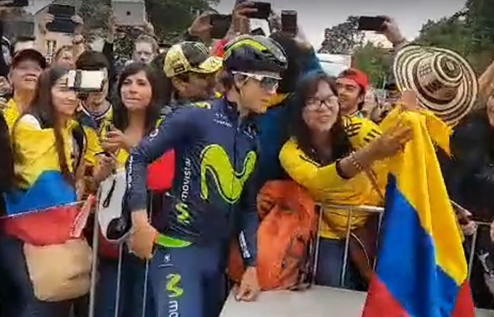 Tour de Francia: Increíble recibimiento de colombianos a 'Bananito' Betancur